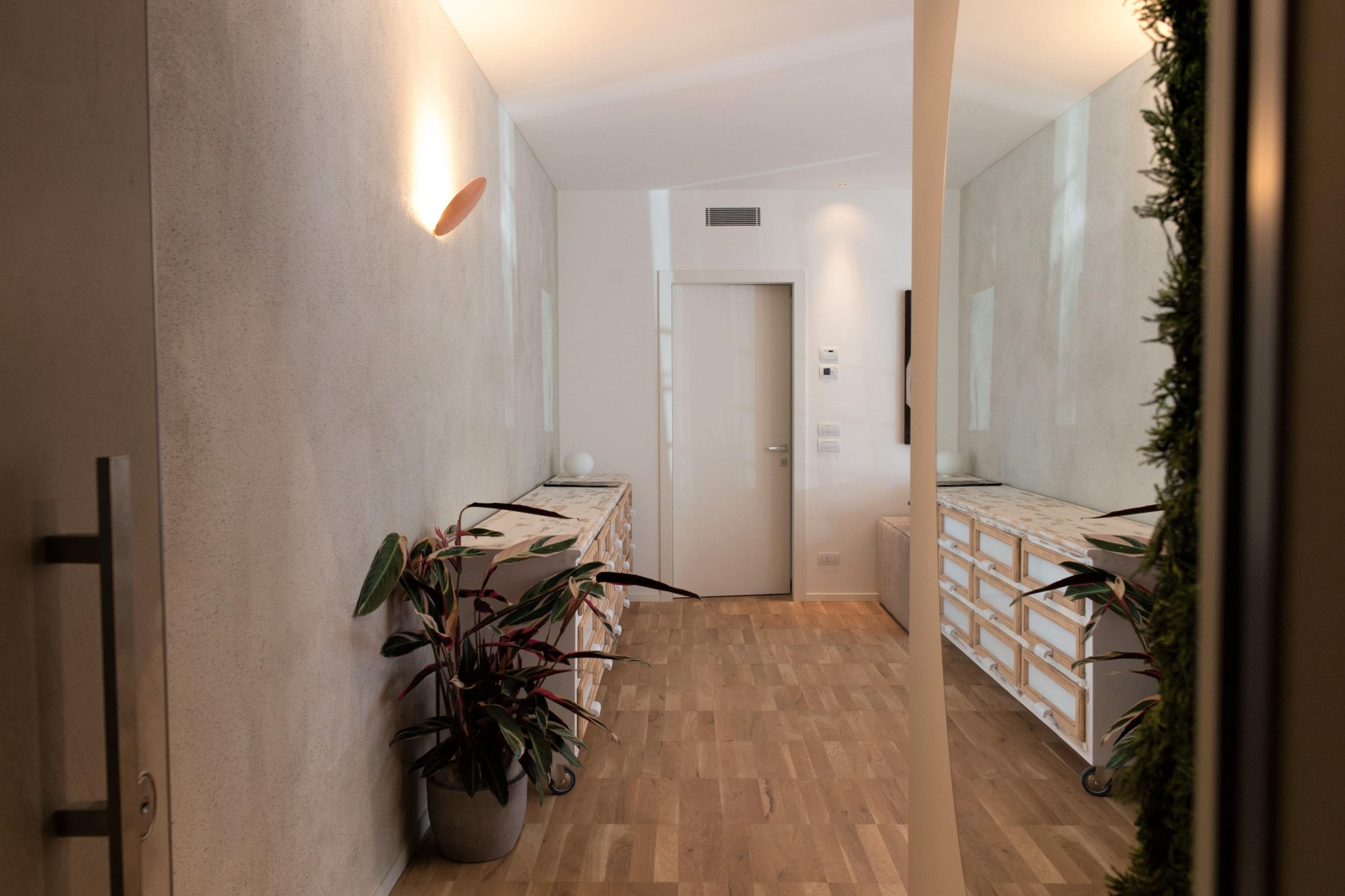 Design crema costruzioni for Arredare casa economicamente